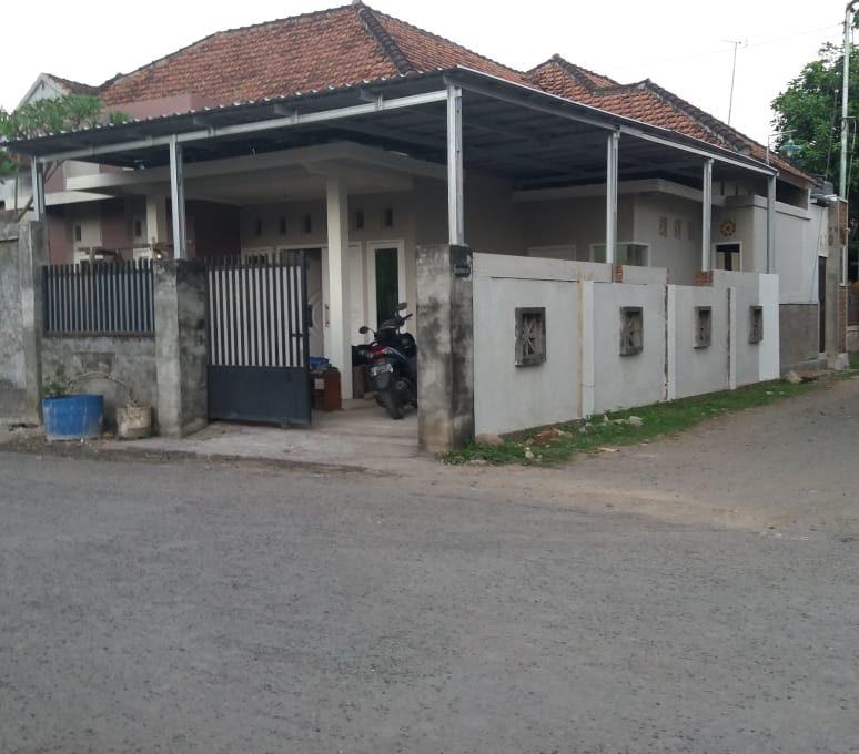 Alamat rumah jl. Sutomo 55 Grya Praja Asri Jatisela 83351 (5)