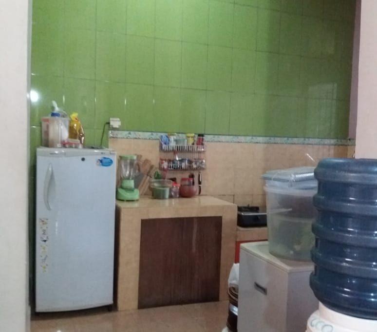 Alamat rumah jl. Sutomo 55 Grya Praja Asri Jatisela 83351 (62)