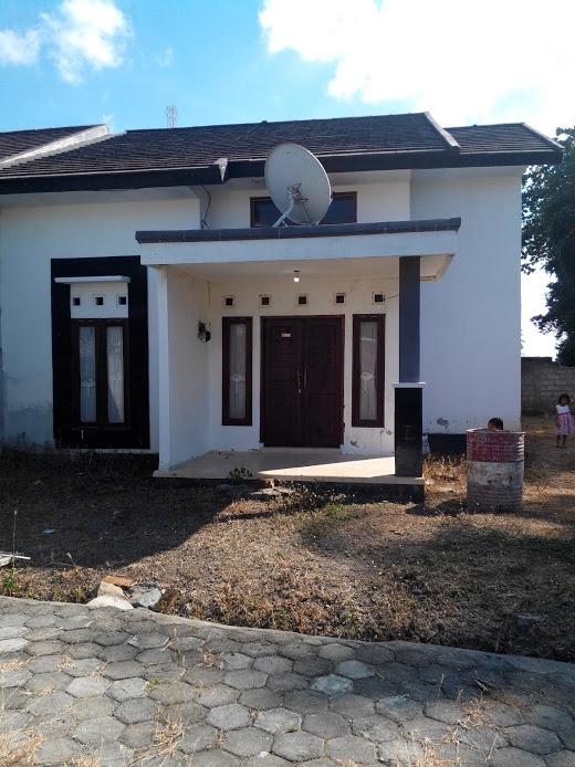 Rumah type 45 luas tanah 250 M2 lokasi di jembatan Kembar gerung lombok Barat